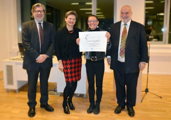 PTW | Verleihung der Honorarprofessur Psychotherapiewissenschaft an DDr. Andrea Fleischmann